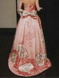 ネオジャパネスクの素敵な和服ドレスにリメイク