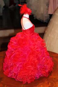 花嫁のカラードレスとおそろいのドレスを着せたミニトルソー